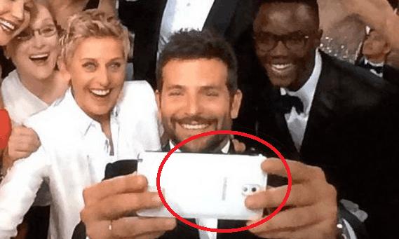 samsung ellen phone selfie